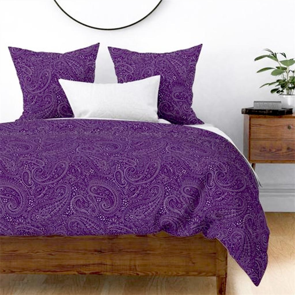 paisley-positivity-aubergine-bedding