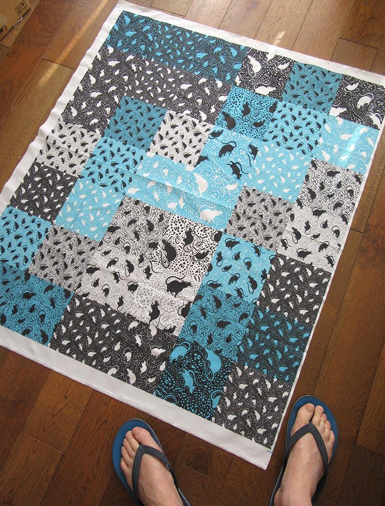 paisley-rats-mosaic-fabric-samples-printed-on-yard-cotton